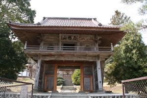 【石越町エリア】昌学寺鐘楼門とシダレザクラ